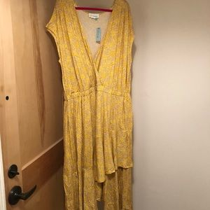 NWT Anthropologie A+ v-neck angled flounce dress